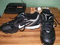 mens size 9 1/2 nike cleats brand new never worn asking $40 paid