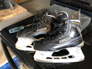 Bauer MX3 skates. 3.5D c/w LS4 & LS2 sets of blades