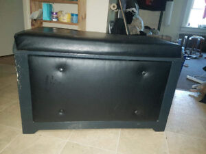 LARGE SHOE CHEST LEATHER&WOOD, GREAT SHAPE