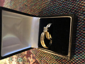 14K Gold Engagement/Wedding Ring Set