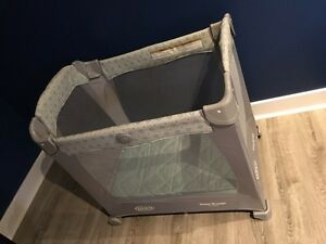 Graco travel playpen