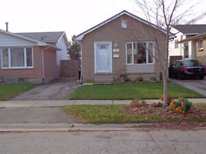 Beautiful North London Bungalow! Hurry and Call Today! London Ontario image 1