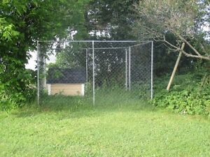 Large dog kennel /run for sale