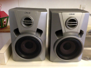 BRAND NEW, NEVER USED SONY Speakers Model SS-BX6AV