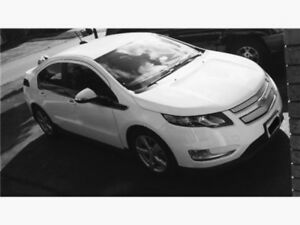 Electric hybrid 2015 Chevrolet Volt gas Saver