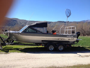 RIVERBOAT OUTLAW MUSKWA 21'