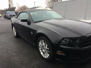 Ford Mustang Convertible V6 Premium 2014