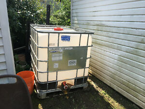1000 litre water tote Tank
