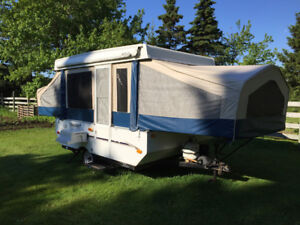 FOR RENT or FOR SALE: 2010 10 Foot Flagstaff popup camper