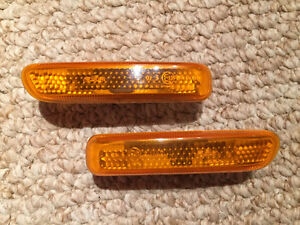 Genuine BMW E46 amber side marker lights