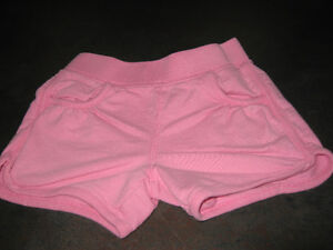 Girl's 3/4T (old navy) shorts