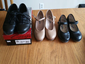 Kids dance shoes for sale! Tap shoes with different sizes!