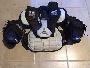 NEW LOW PRICE - McKenney - Jr Goalie Chest/Arm Pad - Size M