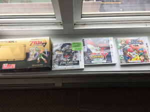 Game boxes and manuals ( 3DS XL Zelda edition, Pokemon y etc)