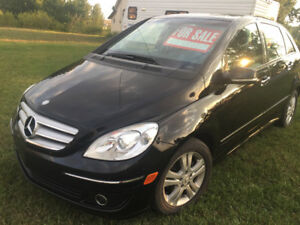 2007 Mercedes B200. Turbo Low mileage and Great on gas
