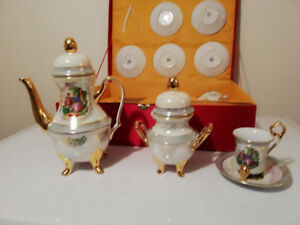 Vintage Tea Pots Kijiji In Ontario Buy Sell Save With