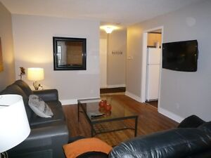 Dollard-des-Ormeaux,  Nicely Furnished 3 bdr Executive Rentals