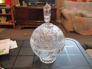 Crystal dish very good condition
