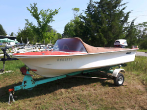 Boat- 1966  Firecraft vintage  Boat with 35 Evinrude