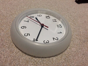 Wall clock in excellent condition