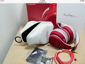Fanny Wang Headphones New West Island Greater Montréal image 1