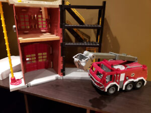 Imagination X Toy Fire station with truck and fire man