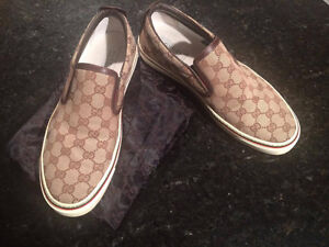 Gucci Monogram Beige slip-on sneaker Size 10