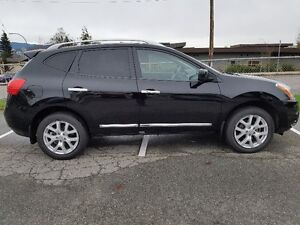 2012 Nissan Rogue SL Fully Loaded SUV, Crossover with Snow Tires