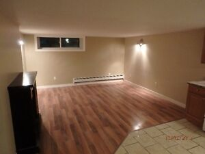1 bedroom + den in Garson all appliances included