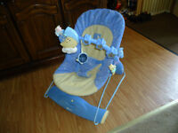 *DELIGHTFUL DREAMS* Rocking Bouncer with Lights & Music