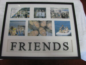 FRIENDS – Glass Photo Frame  –  In Excellent Condition
