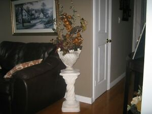 vase and mantle