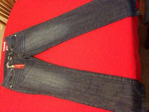 Guess jeans 3 pairs size 29
