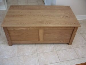 NEW BLANKET BOX MADE OF SOLID OAK
