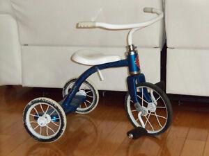 Tricycle vélo CCM full métal bon a vie