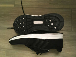 Addidas Bounce Men's 10.5 Brand New Sneakers