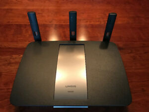 Lynksys EA6900-CA Dual Band Smart Wi-Fi Wireless Router(+)