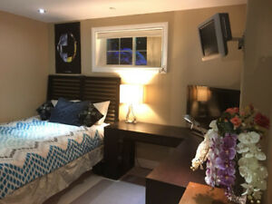 ALL INCLUSIVE -- FURNISHED -- EAST GWILLIMBURY -- OCT 1ST