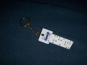 SUNOCO PLASTIC KEY & KEYCHAIN-MADE IN U.K.-COLLECTIBLE!