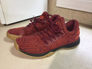 Adidas James hardens men's size 8 sneakers