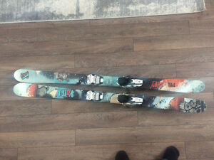Freestyle skis and ski boots