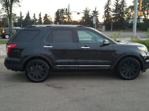 2014 FORD EXPLORER XLT- 2 sets of rims  included