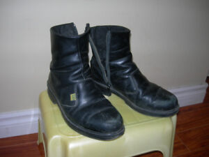 Men's steel toe shoes, used, size 7. leather upper