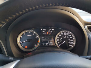 Low Kms, Nissan Sentra SV, Local, By original owner. Smells new!