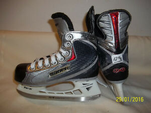 Boys/Youth Skates Size 12 ½ (Bauer Vapor X:20)