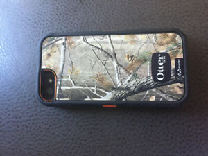 iPhone 5 64gig with otter box defender case
