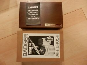 BADGER Model  150-4 PK AIR BRUSH, NEW, In Wood Case