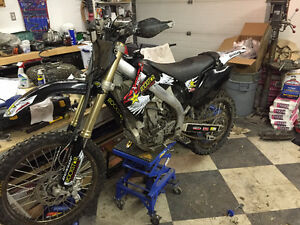 2005 Honda CRF 450R, brand new tubliss + tires and plastics