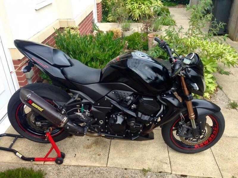 Kawasaki Z750r Black Edition Matte