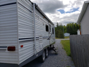 2004 Terry 27ft $8500